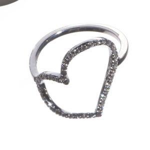 anello-cuore-storto-oro-e-diamanti
